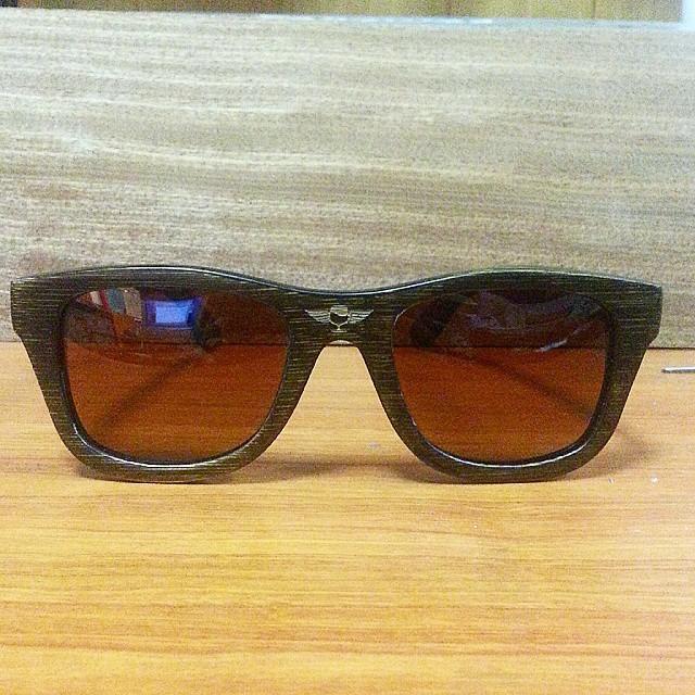 Стильные очки из дерева своими руками