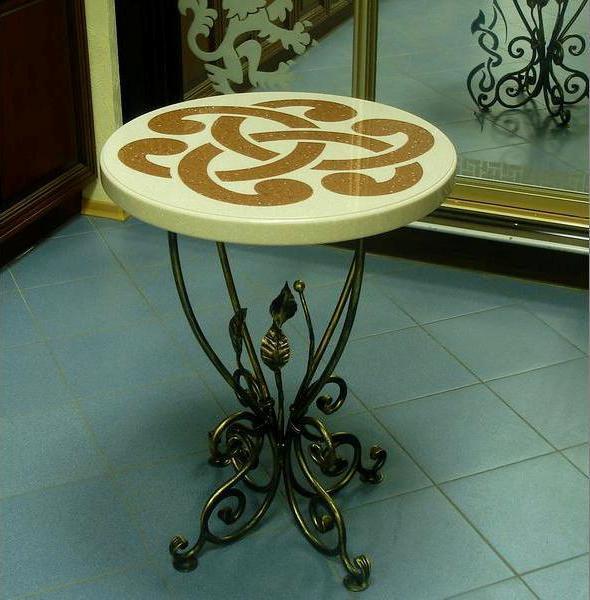 Круглый кофейный столик своими руками