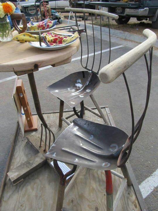 Откидное сиденье для мастерской своими руками