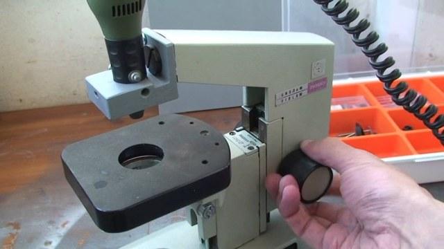 Как сделать простой сверлильный станок своими руками
