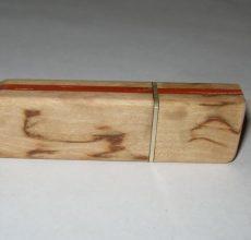 Корпус из дерева для флешки своими руками