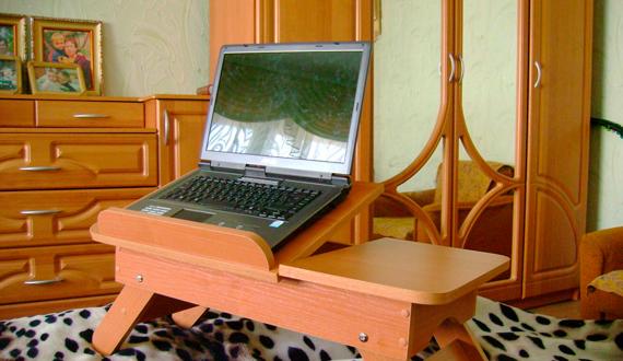 Столик, подставка для ноутбука своими руками