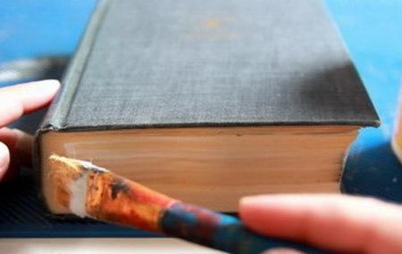 Как сделать тайник в обычном карандаше своими руками