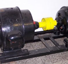 Электростатический двигатель своими руками из подручных средств