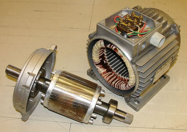 Ветрогенератор на асинхронном двигателе своими руками
