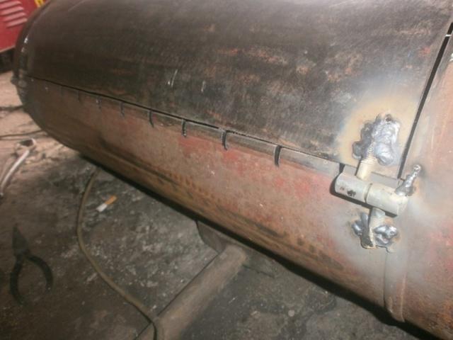 Барбекюшница из газового баллона своими руками