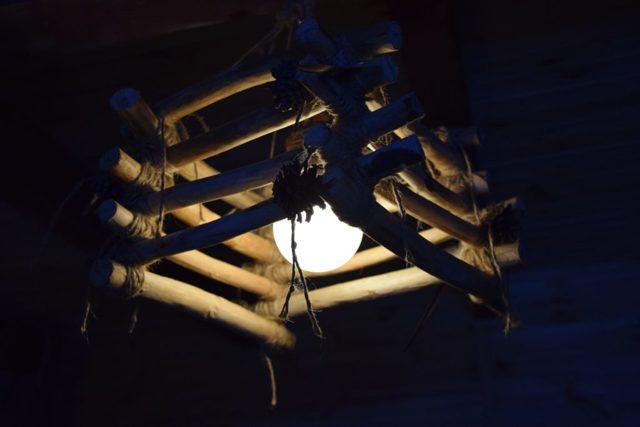 Делаем светильник из дерева своими руками