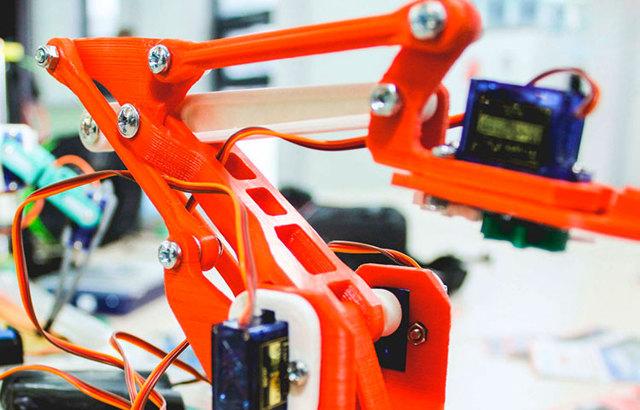 Миниатюрный робот microbot своими руками