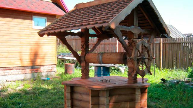 Строим колодец на даче своими руками