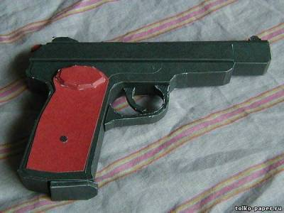 Как сделать полуавтоматическую винтовку из гофрированного картона своими руками!