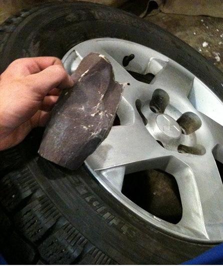 Как покрасить диски авто не снимая колес своими руками
