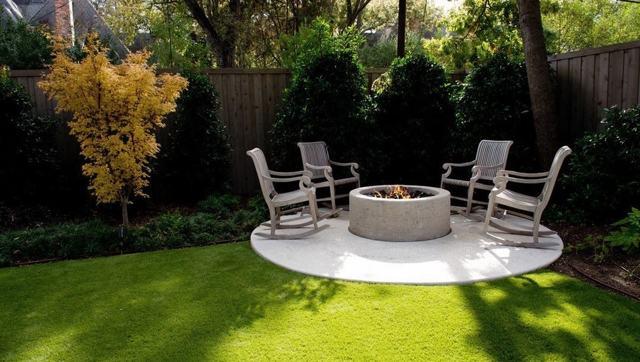 Садовый очаг со скамьей своими руками