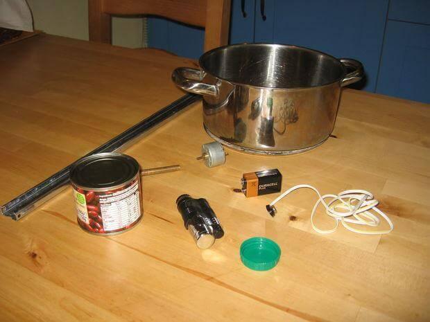 Как сделать автомат для приготовления сладкой ваты из гофрированного картона своими руками!