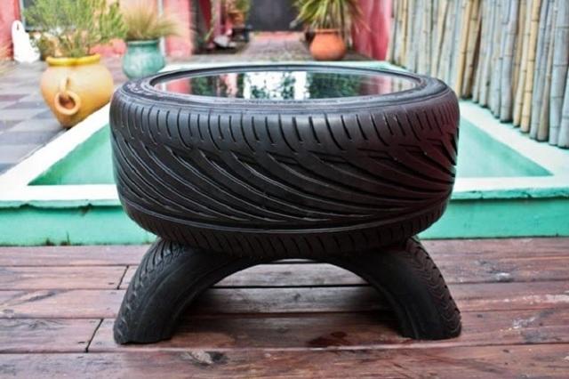 Сделай сам столик из шины своими руками