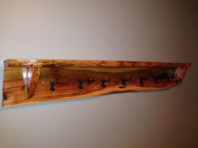 Вешалка-трансформер из дерева своими руками