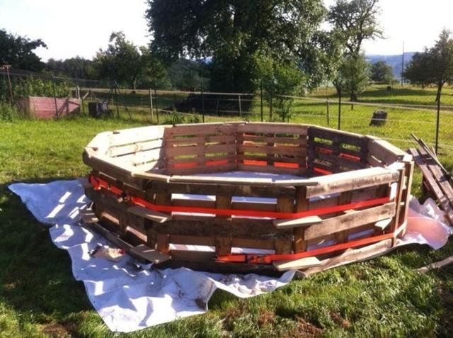 Бассейн своими руками из деревянных поддонов