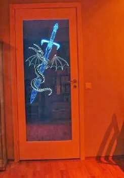 Межкомнатная дверь с гравировкой и светодиодной подсветкой своими руками