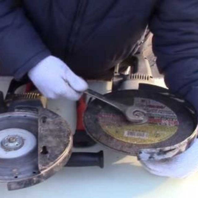 Универсальный ключ для болгарки своими руками