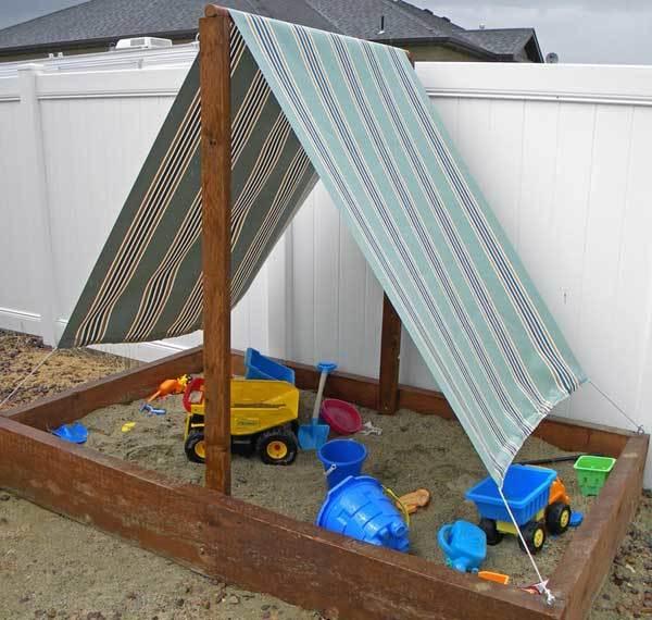 Песочница с крышей-крышкой своими руками