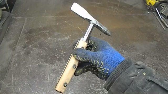 Молоток сварщика из хлама своими руками