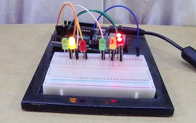 Светофор на arduino своими руками!