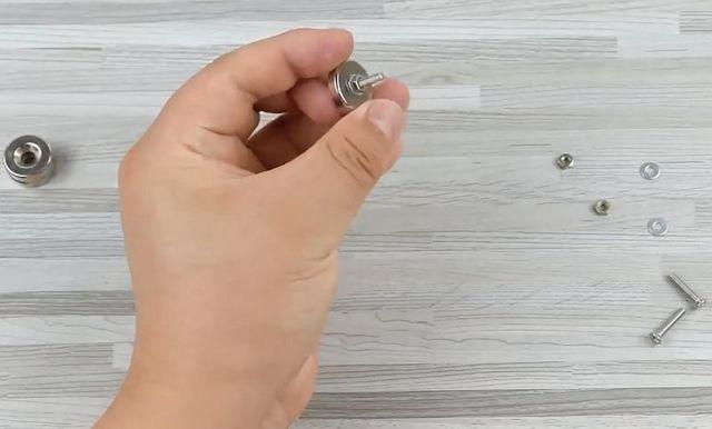 Третья рука для пайки своими руками