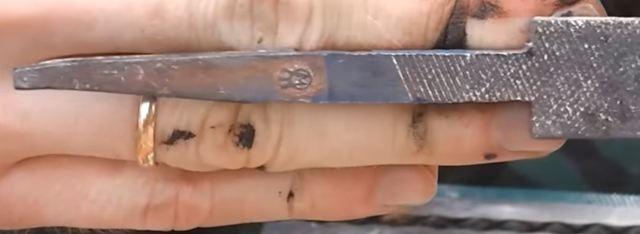 Простейший маленький нож своими руками