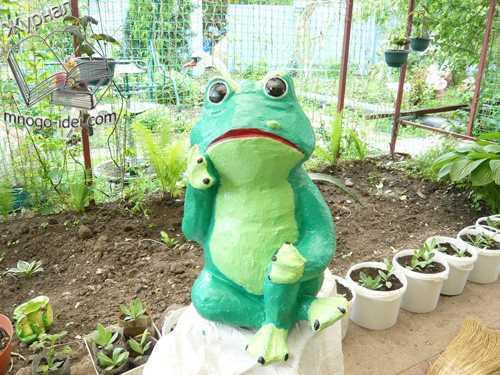 Садовые фигуры лягушат своими руками