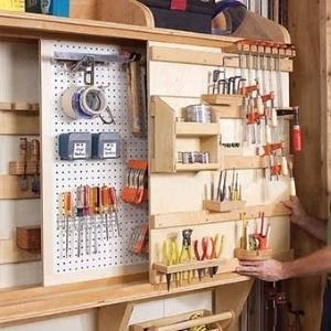 Настенные держатели для инструментов своими руками