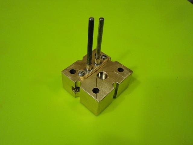 Настоящий одноцилиндровый электродвигатель своими руками